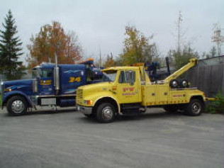 24 hour towing heavy tow trucks newport me t w